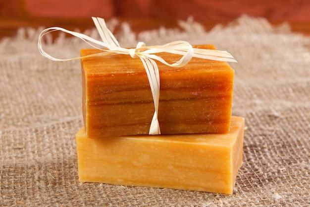 Natuurlijke gearomatiseerde handgemaakte zeep