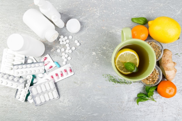 Natuurlijke geneeskunde versus conventionele geneeskunde.