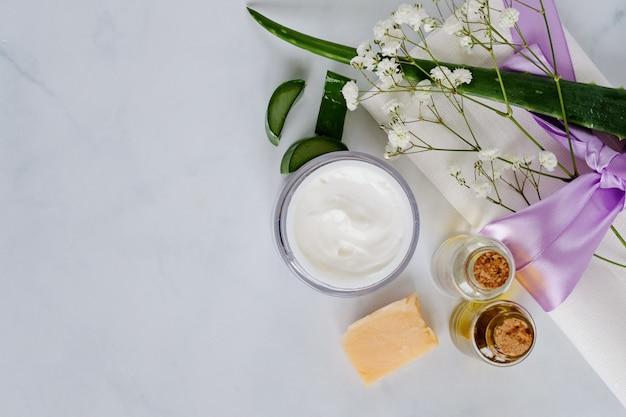 Natuurlijke huidverzorgingsproducten van spa