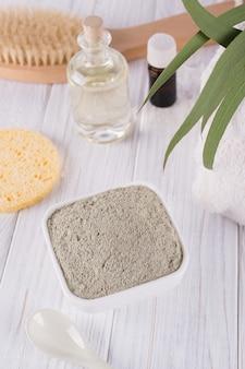 Natuurlijke ingrediënten voor zelfgemaakte gezichts- en lichaamsmaskers of scrub. spa en lichaamsverzorging concept.