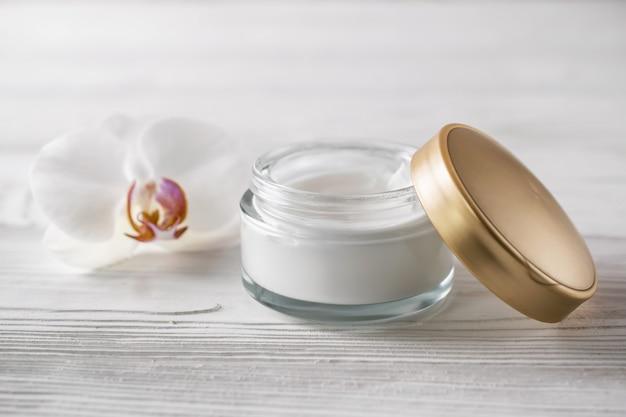 Natuurlijke organische huidverzorgingscosmetica