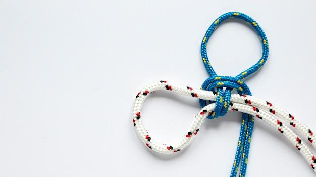 Nautische blauwe en witte touwknopen