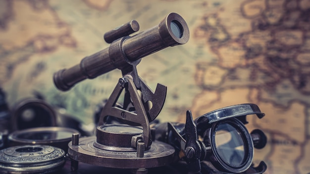 Nautische sextant meetinstrument