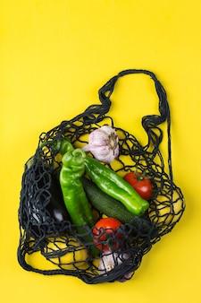 Nettas met groenten zonder afval plasticvrij concept