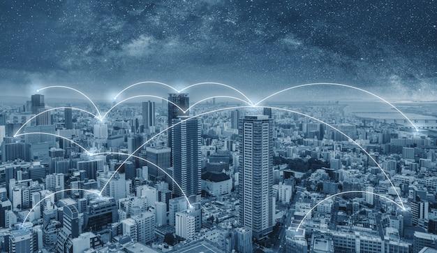 Netwerkverbindingstechnologie in de stad, de stad osaka in japan