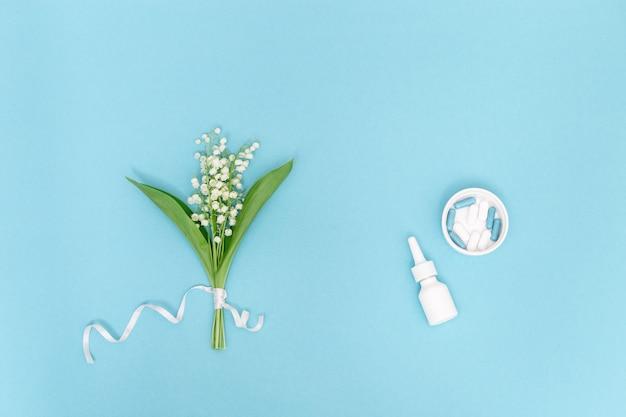 Neusspray en tabletten tegen allergie voor pollen van bloeiende planten