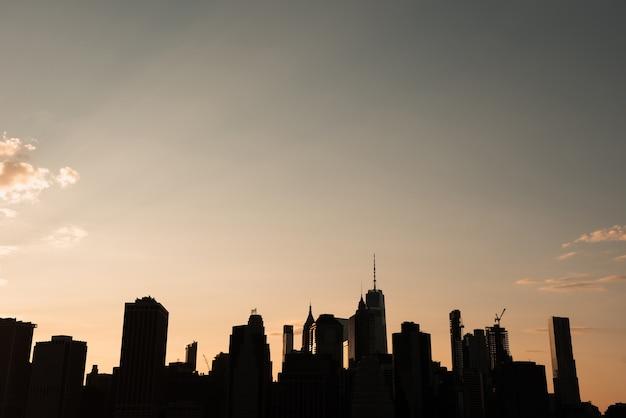 New york stadsgezicht bij zonsondergang