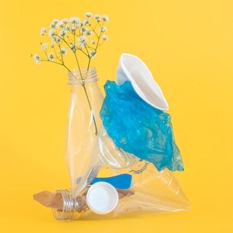 Niet-milieuvriendelijke plastic elementen