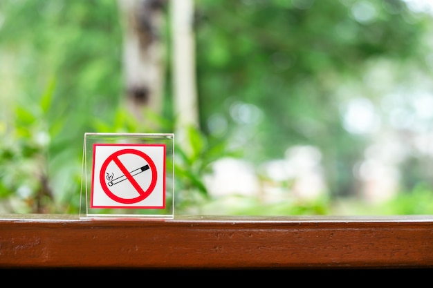 Niet roken zingen in de coffeeshop