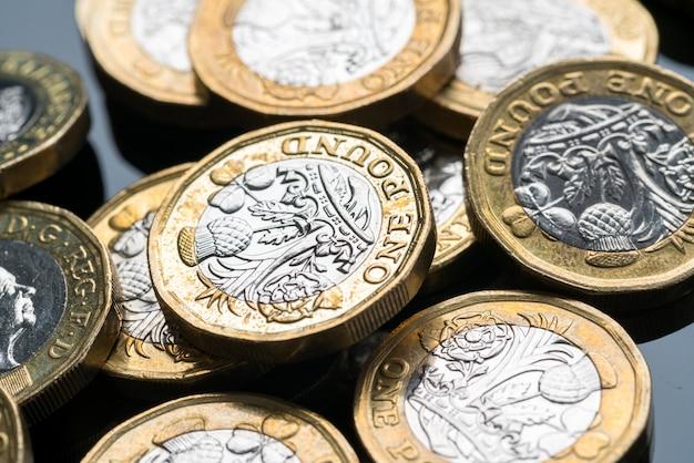 Nieuwe britse munt van één pond