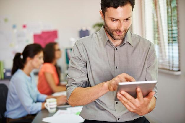Nieuwe technologie gebruiken in het bedrijfsleven