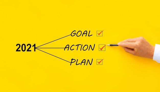 Nieuwjaar 2021 met doel, plan en actieconcept. bedrijfsvoering, inspiratie en motivatie.