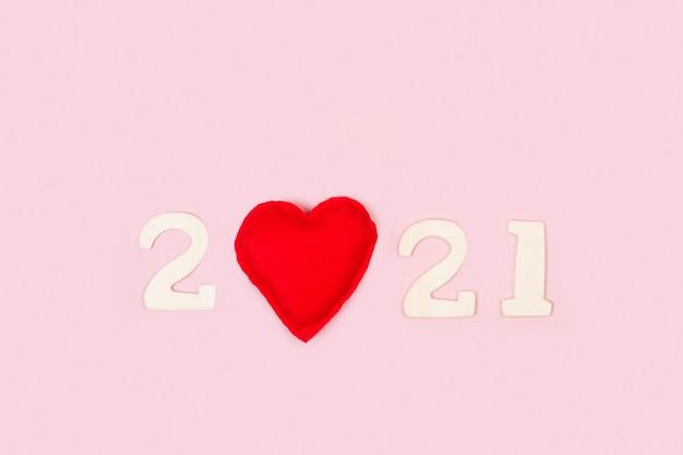 Nieuwjaar 2021-wenskaart met een hart op de nulplaats