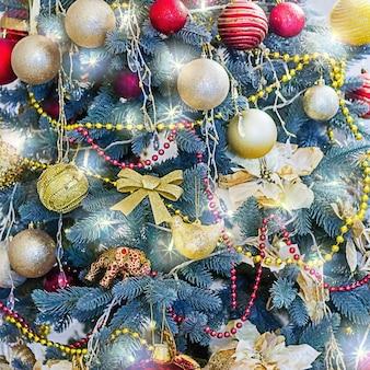 Nieuwjaar en kerst concept. kerstboom achtergrond.