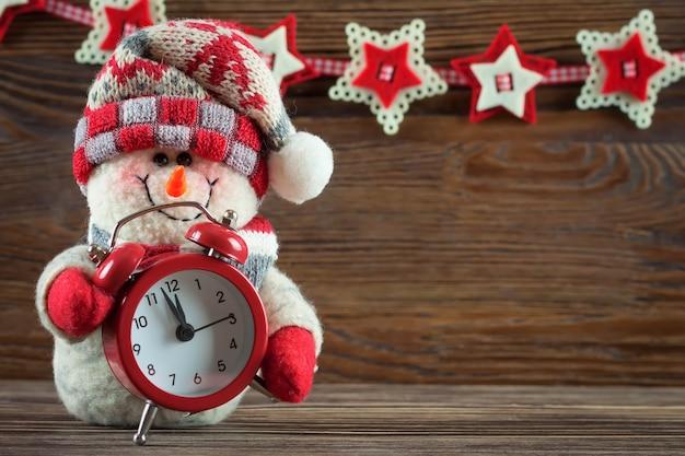 Nieuwjaar en kerst sneeuwpop