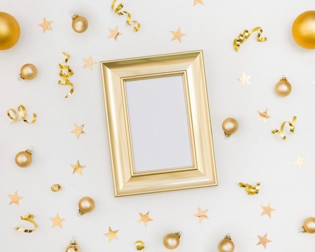 Nieuwjaar feestelijke decoratie met frame mock-up