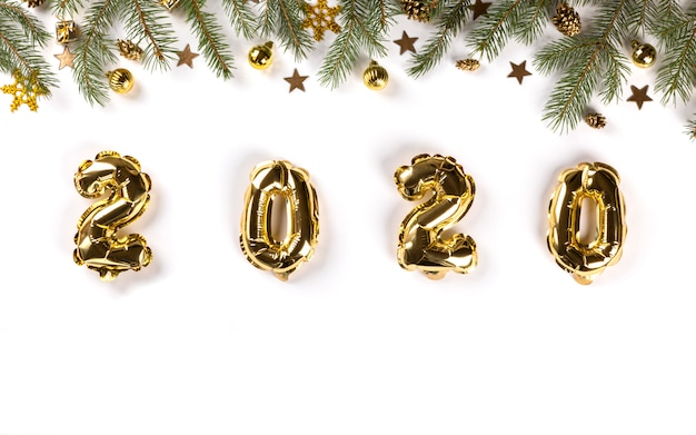 Nieuwjaar plat lag samenstelling. folie ballonnen 2020.