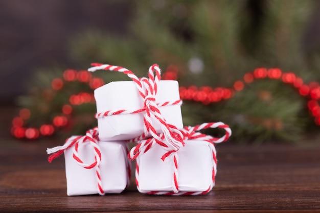 Nieuwjaars geschenken. kerst versiering.
