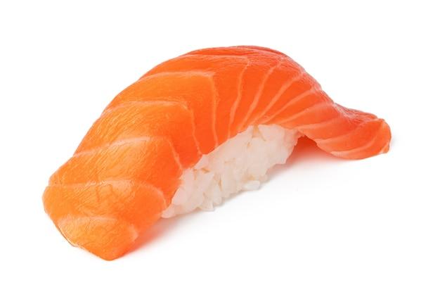 Nigiri sushi geïsoleerd op een witte achtergrond close-up