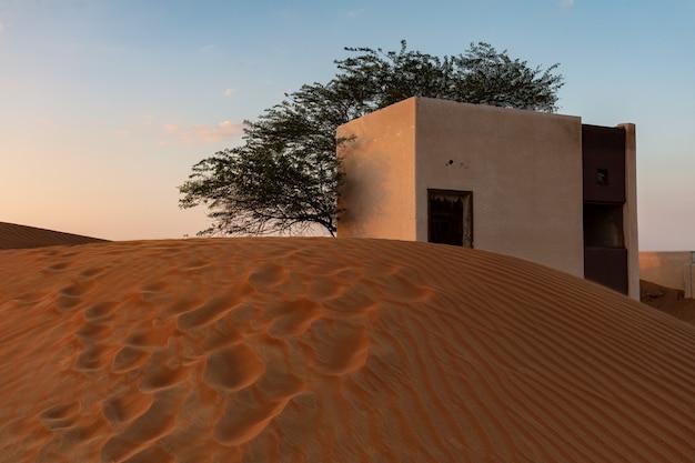 Nomadische architectuur in woestijn