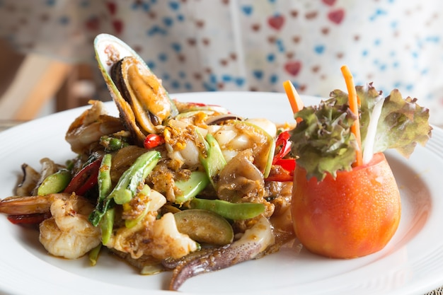 Noodle seafood restaurant thailand