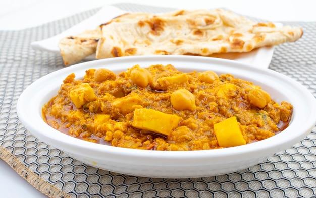 Noord-indiase gezonde keuken chole paneer