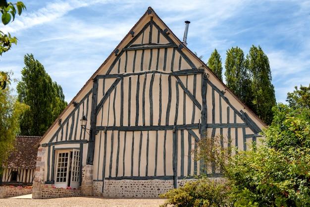 Normandisch frans huis. weergave van typisch frans normandisch huis