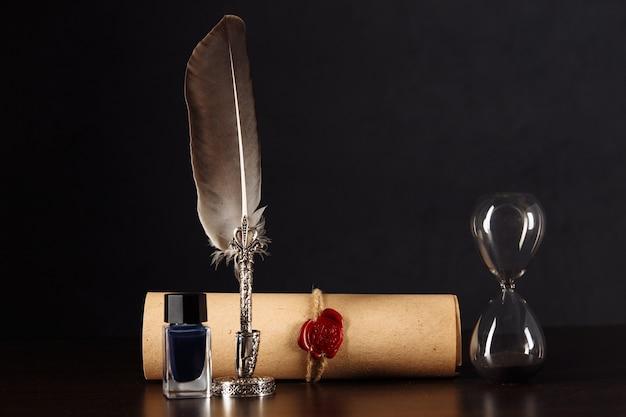 Notaris pen en stempel op testament en testament.