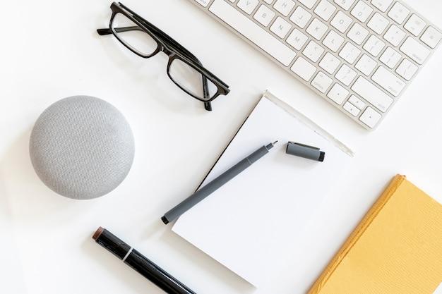 Notebookmodel met bril