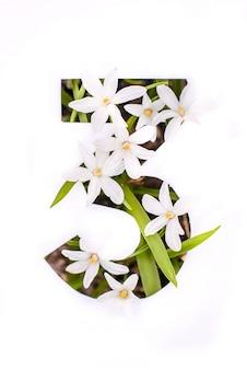 Nummer drie: witte stencil met kleine bloemen