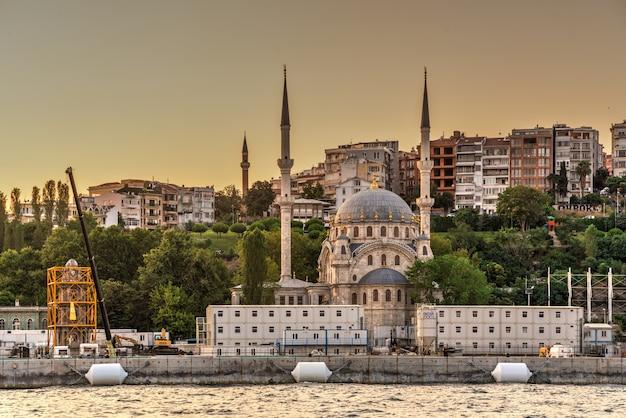 Nusretiyemoskee in istanboel, turkije