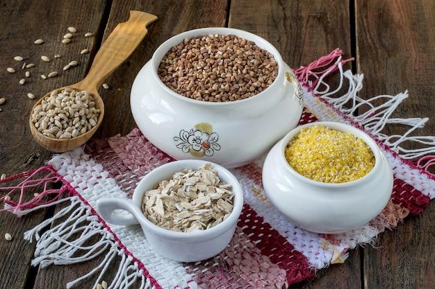 Nuttige granen maïs boekweit gerst havermout