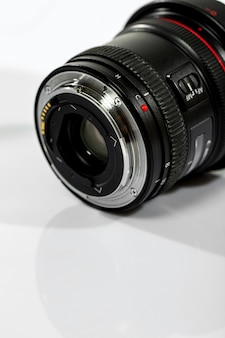 Objectief van camera met geopende lens