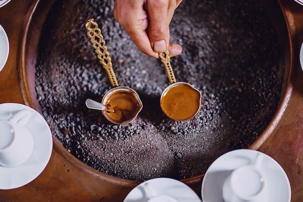 Ochtend met turks koffiebrouwen