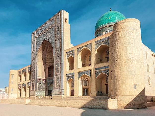 Oezbekistan, buchara. centraal-azië. oud gebouw