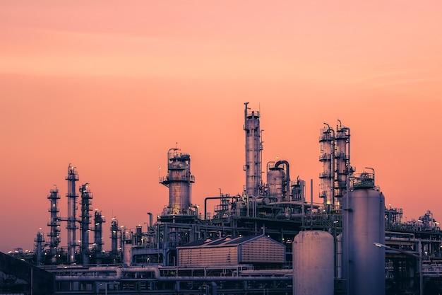Olie- en gasraffinaderij