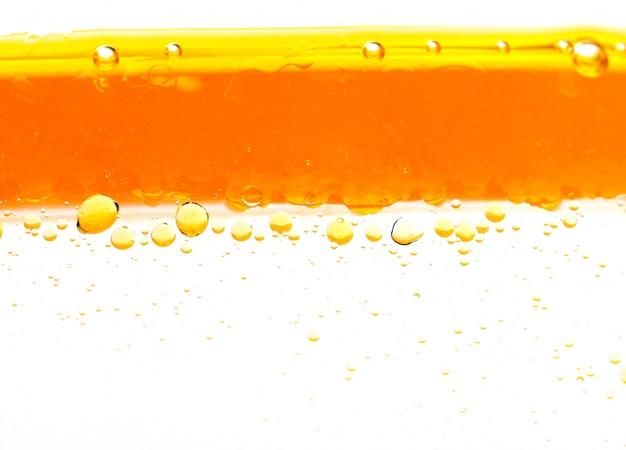 Olie in het water