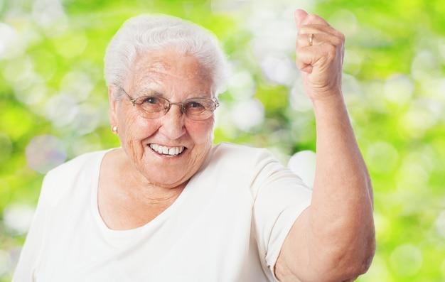 Oma glimlachen