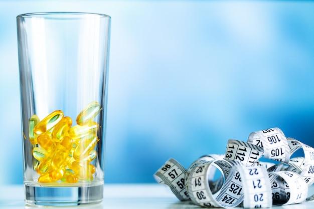 Omega 3 visolie gele zachte gelcapsules.