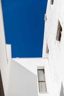 Onderaanzicht stad gebouw