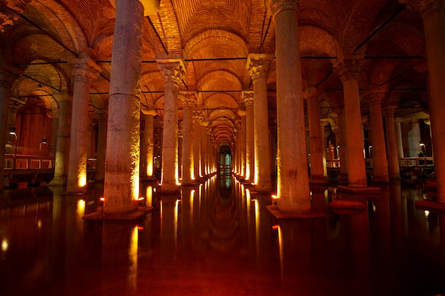Ondergrondse basilica cisterne, istanbul, turkije