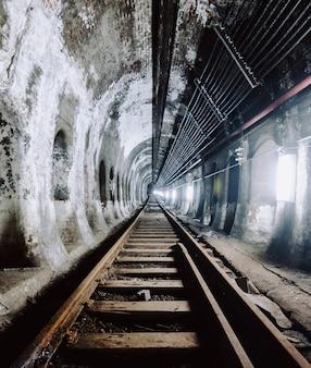 Ondergrondse tunnel en de spoorlijn in new york city, verenigde staten