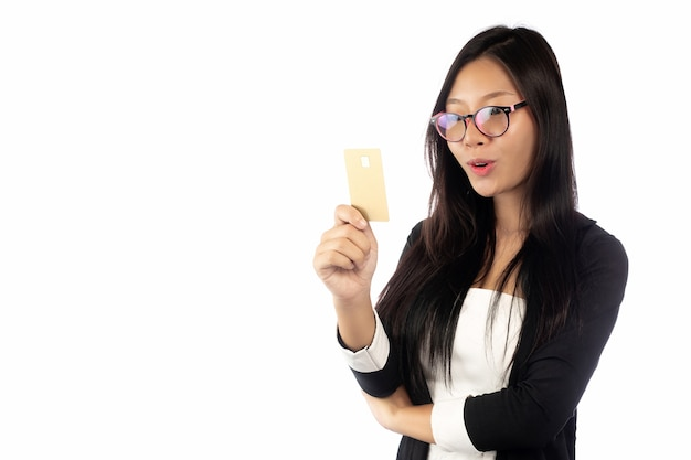 Onderneemster in kostuumholding die bedrijfs slimme die kaart tonen op witte achtergrond wordt geïsoleerd.