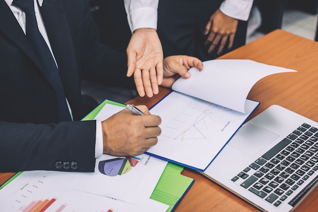 Ondernemers met een bijeenkomst