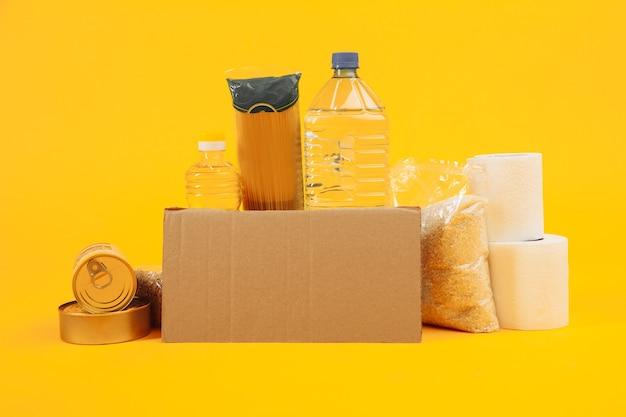Ondersteunende huisvesting of voedselschenking voor armen