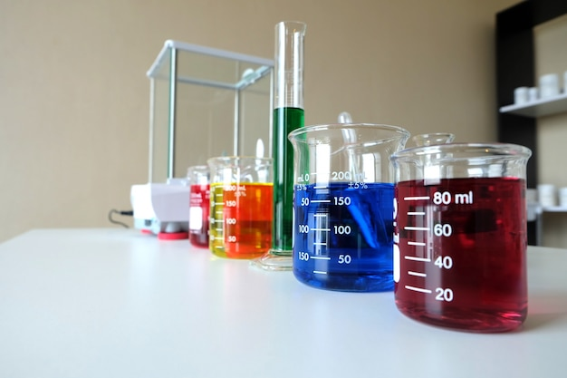 Onderzoeken in laboratorium