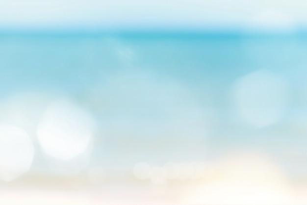 Onduidelijk beeld bokeh abstracte overzeese en hemelaardachtergrond met exemplaarruimte.
