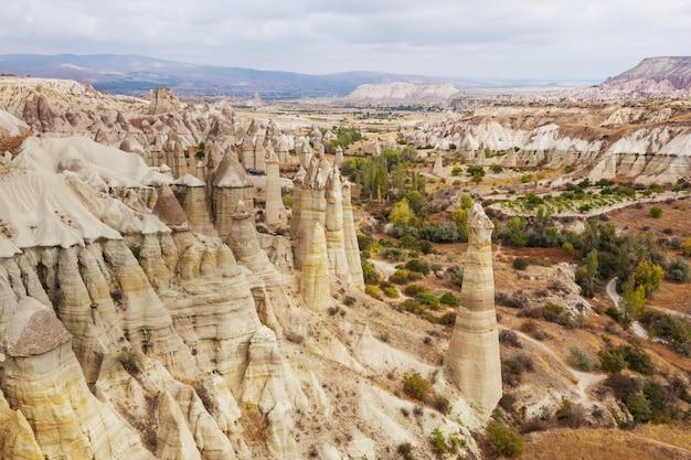 Ongewone rotsformatie in cappadocië, turkije