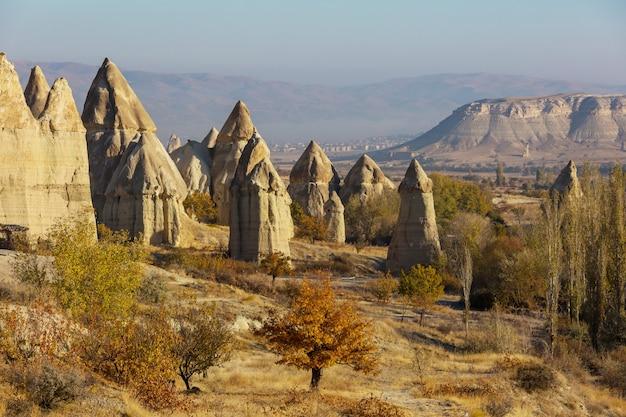Ongewone rotsformatie in het beroemde cappadocië, turkije