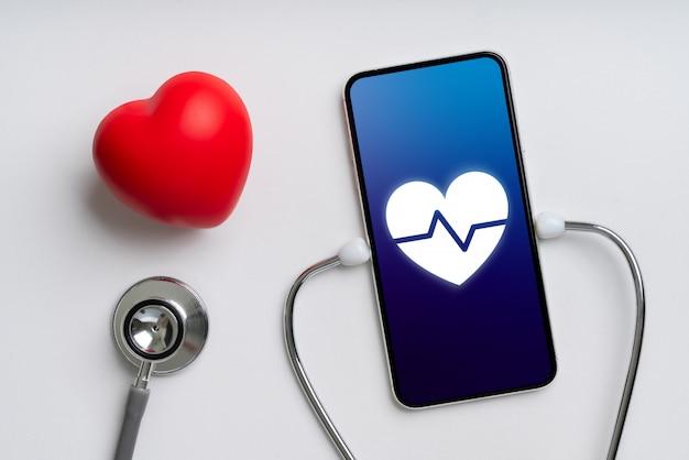 Online gezondheidszorgapplicatie op smartphone